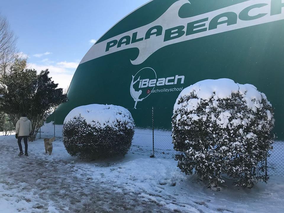 Il Palabeach - nevicata febbraio 2018